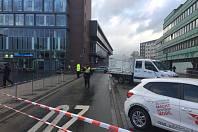 Řidič v německém Bottropu najel do skupiny cizinců, čtyři zranil