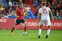 Utkání skupiny E kvalifikace mistrovství světa ve fotbale: Česko - Bělorusko, 2. září 2021 V Ostravě. (zleva) Tomáš Souček z ČR a Vladislav Klimovich z Běloruska.