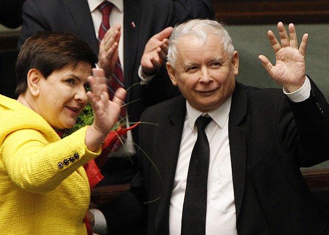 Beata Szydlová a Jaroslaw Kaczyński