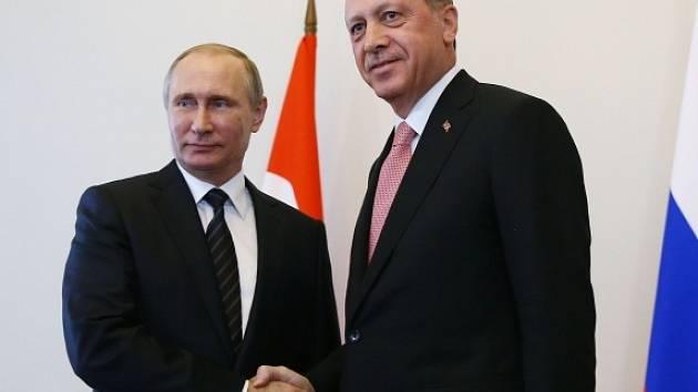 Putin a Erdogan se sešli na průlomové schůzce v Petrohradu.