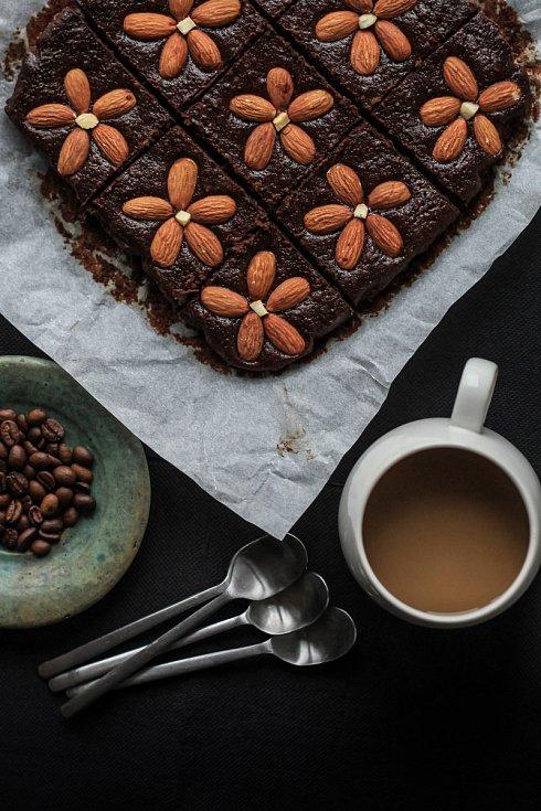 Čočkovo-kávové brownies