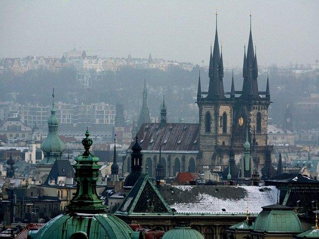 Většina turistů míří do Prahy.