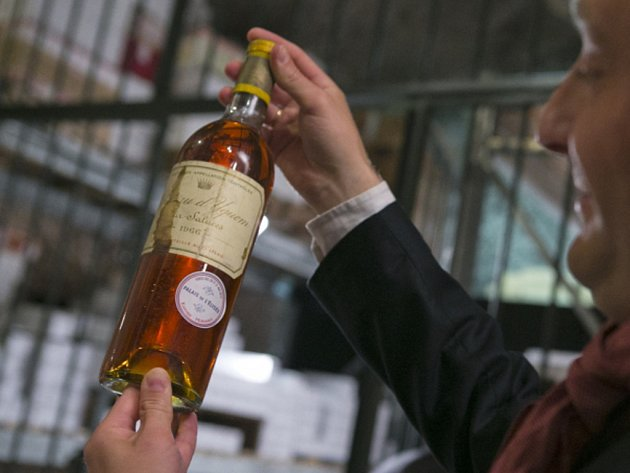 Aukce vín v Hongkongu vynesla rekordních 1,6 milionu dolarů. Ilustrační foto.