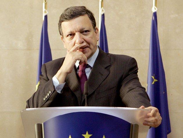 Předseda Evropské komise José Manuel Barroso při zasedání v Bruselu.