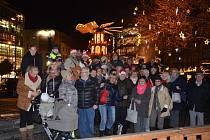 Koledy s regionálním Deníkem se 9. prosince zpívaly také na mnichovském vánočním trhu na Rindermarktu v centru města.