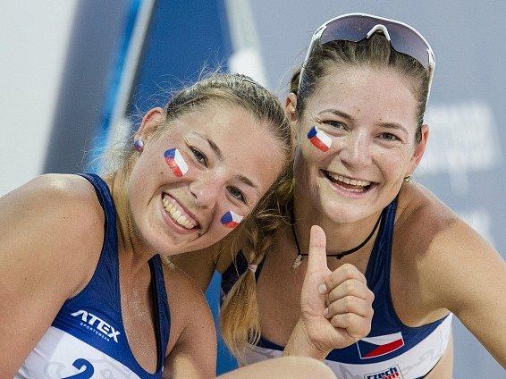 Eliška Gálová (vlevo) a Karolína Řeháčková