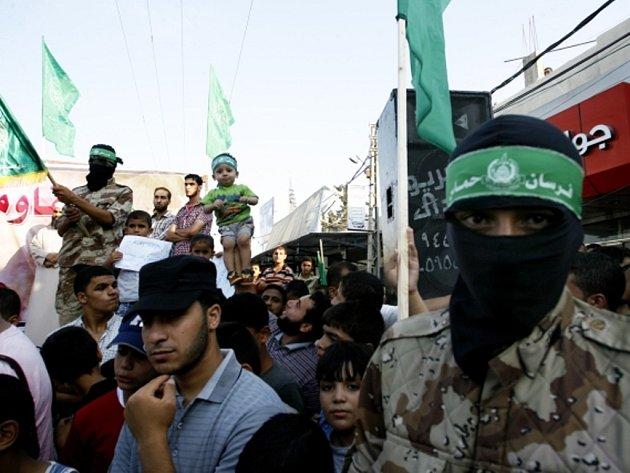Shromáždění příznivců hnutí Hamás ve městě Rafah v pásmu Gazy.