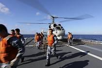 Příslušníci čínských námořních sil