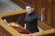 Ukrajinský parlament vydal Nadiju Savčenkovou trestnímu stíhání