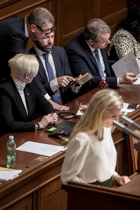Jednání Sněmovny o žádost o vyslovení souhlasu s trestním stíhání poslanců Andrej Babiš a Jaroslava Faltýnka 19. ledna v Praze. Babiš, Pelikán