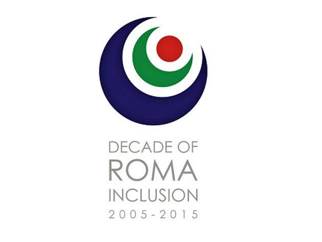 Logo programu Dekáda romské inkluze.