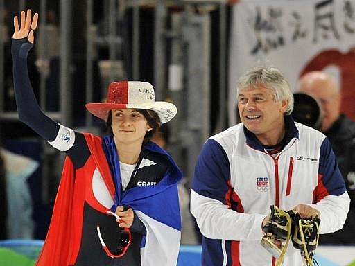 Zlatá Martina Sáblíková s trenérem Petrem Novákem.
