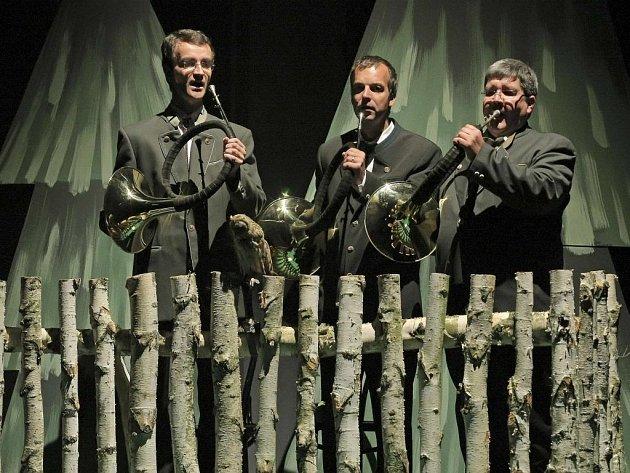 FESTIVAL DOKUMENTÁRNÍCH FILMŮ v Jihlavě letos pořadatelé pojali jako myslivecký hon. Vedle umělých srnek a hub naštěstí nechyběly i dobré filmy.