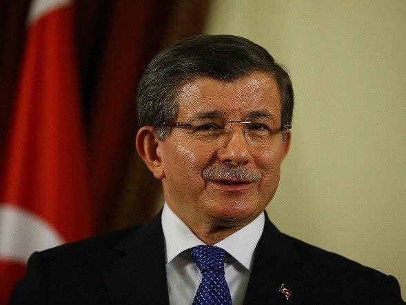 Turecký premiér Ahmet Davutoglu.