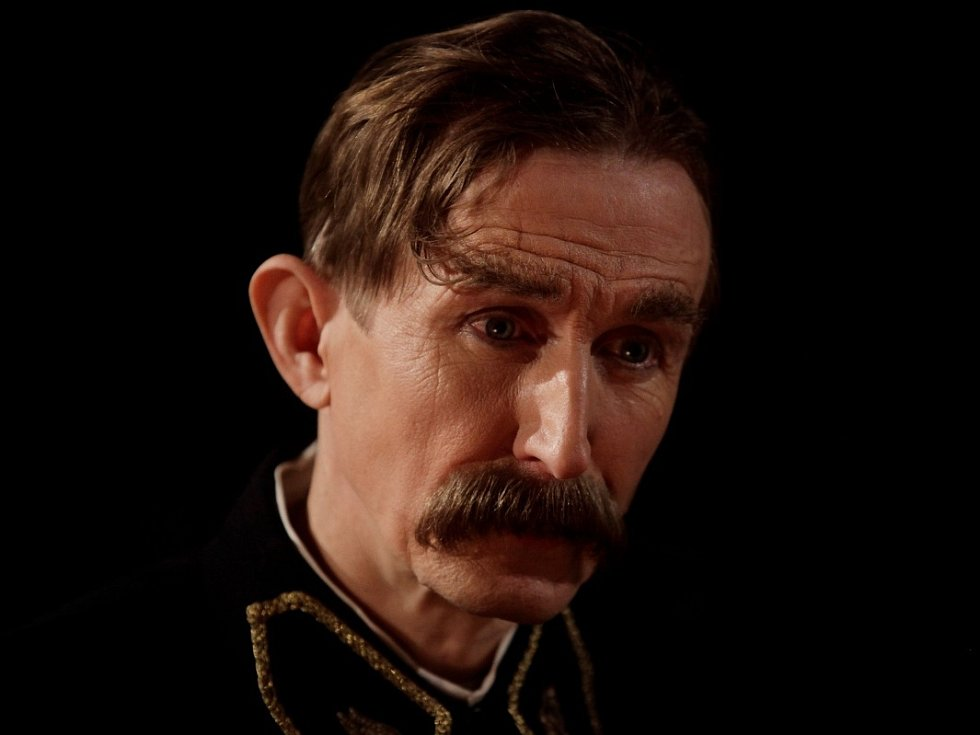 Vladimír Javorský jako Vlasta Burian.