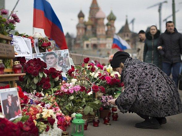 Stovky Moskvanů si připomněly zavražděného Němcova.