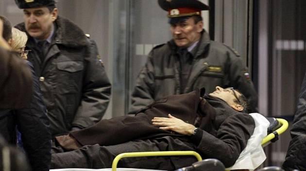 Sebevražedný útočník odpálil v pondělí 24. ledna na moskevském letišti Domodědovo silnou nálož. Při tomto útoku zemřelo několik desítek lidí.