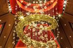 Lustr od Preciosy v kasinu Šťastný drak v Las Vegas