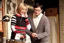 Inscenace hry Woodyho Allena Zahraj to znovu, Same slaví  305. reprízu.