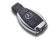 Klíč od vozu značky Mercedes