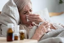 Nemocný senior - Ilustrační foto