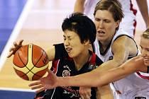 České basketbalistky porazily v Madridu Japonky a zajistily si účast na olympijských hrách.
