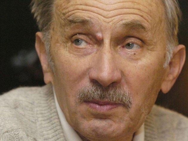 Zemřel spisovatel Jaroslav Putík, bylo mu devadesát let.
