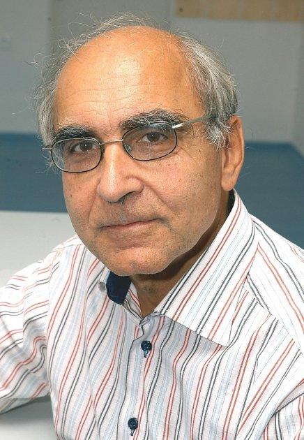Předseda etické komise ministerstva zdravotnictví Jiří Šimek