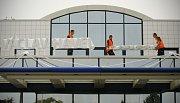 Nový název pražského letiště – Letiště Václava Havla Praha se jako první objevil 17. září na třetím terminálu, který je určeny pro odbavování soukromých letů.