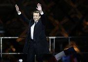 Emmanuel Macron předstoupil před své příznivce