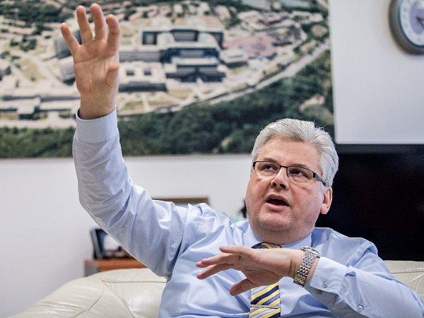 Ředitel Fakultní nemocnice Motol Miloslav Ludvík.
