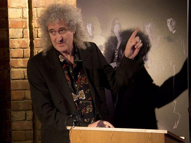 Brian May, kytarista a zakladatel Queen, poskytl exkluzivní vyjádření pro Deník.