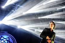 Finská skupina HIM vystoupila 26. července na hudebním festivalu Benátská! v libereckém areálu Vesec. Na snímku zpěvák Ville Hermanni Valo.