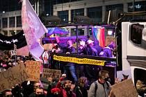 Demonstrace proti zákazu potratů v Polsku