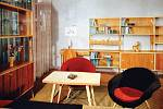 Poválečný sektorový nábytek