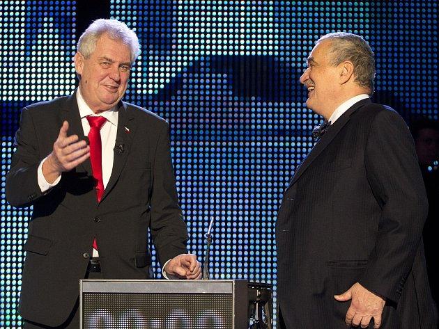 Poslední prezidentská debata Miloše Zemana a Karla Schwarzenberga se uskutečnila před kamerami České televize ve čtvrtek 24. ledna 2013.