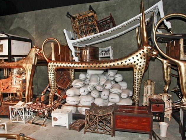 Tutanchamon - jeho replika hrobu a pokladů na pražské výstavě.