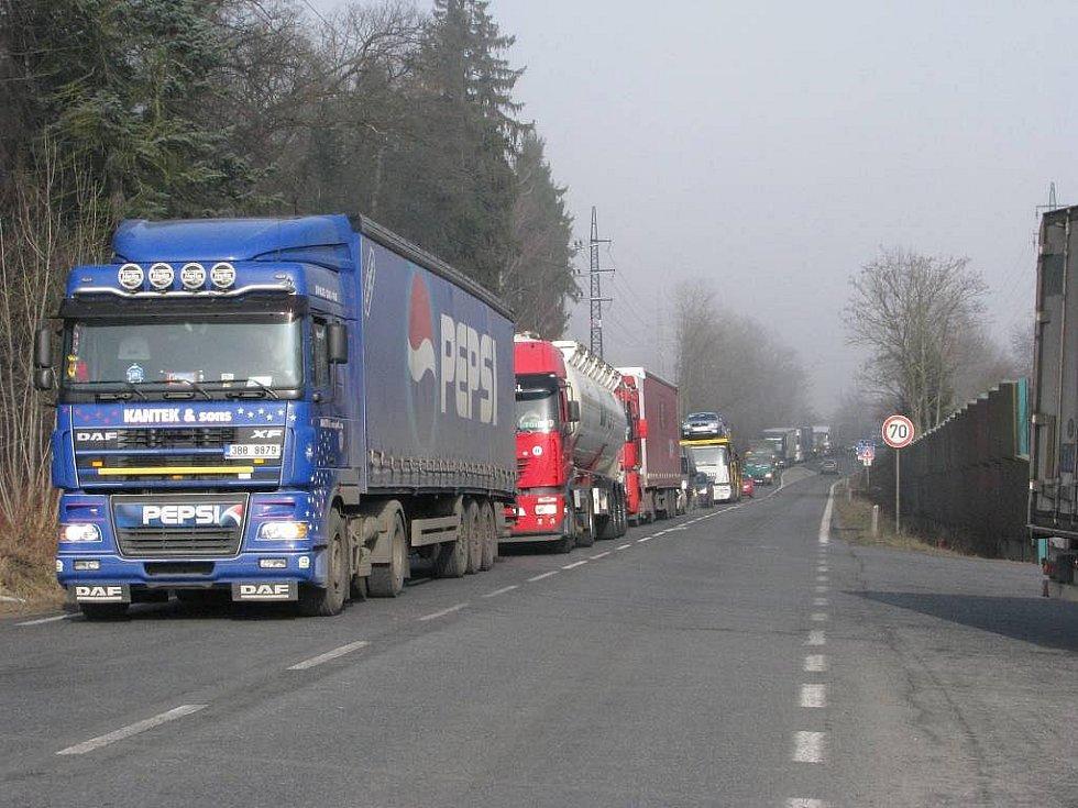 Kamion - ilustrační foto