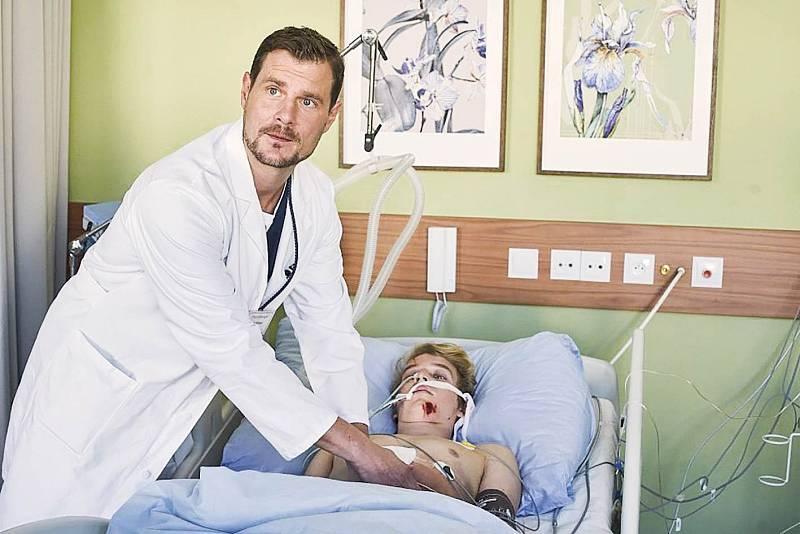 V seriálu Anatomie života hraje lékaře Filipa