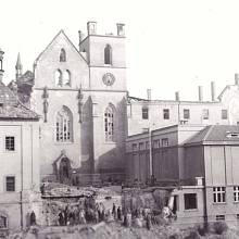 Bombardování Prahy, Emauzský klášter
