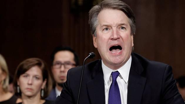 Brett Kavanaugh na slyšení přes senátním justičním výborem