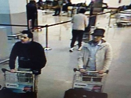 """Abrini přiznal, že je """"mužem v klobouku"""" z bruselského letiště."""
