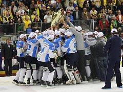 Hokejisté Plzně se stali novými mistry.