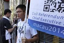 Aktivisté v Macau dnes zahájili neformální referendum o zavedení prodemokratických reforem v této zvláštní oblasti Číny.