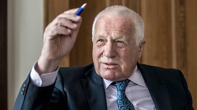 46f3cdb9c75 Václav Klaus  Lidé se o politiku zajímají