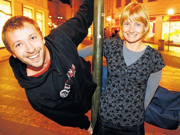 ZODPOVÉDNÍ. Štěpánka Hilgertová s Michalem Němečkem berou StarDance opravdu vážně. Byli dokonce jediným párem, který dorazil na páteční večírek, konaný u příležitosti startu soutěže.