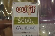 Firma Adifit, která distribuuje takzvanou krabičkovou dietu, ohrozila zdraví svých klientů. Státní zemědělská a potravinářská inspekce (SZPI) totiž zjistila, že v některých jídlech pro bezlepkovou dietu jsou potraviny s vysokým obsahem lepku.