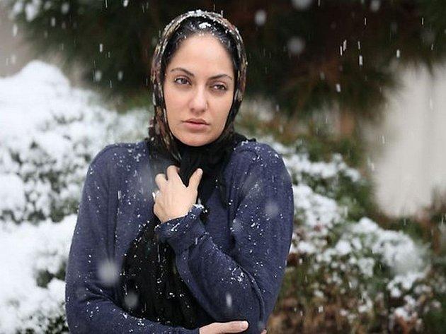 Festival íránských filmů: Zasněžené sosny, celovečerní režisérský debut Paymana Moaadiho