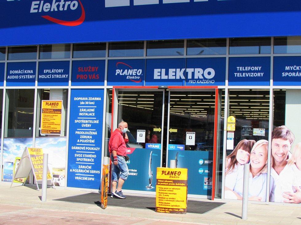 Otevření obchodů v Jablonci nad Nisou.