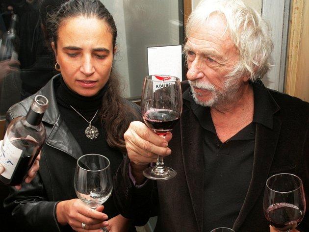 Francouzský herec Pierre Richard na návštěvě v Praze v roce 2011.